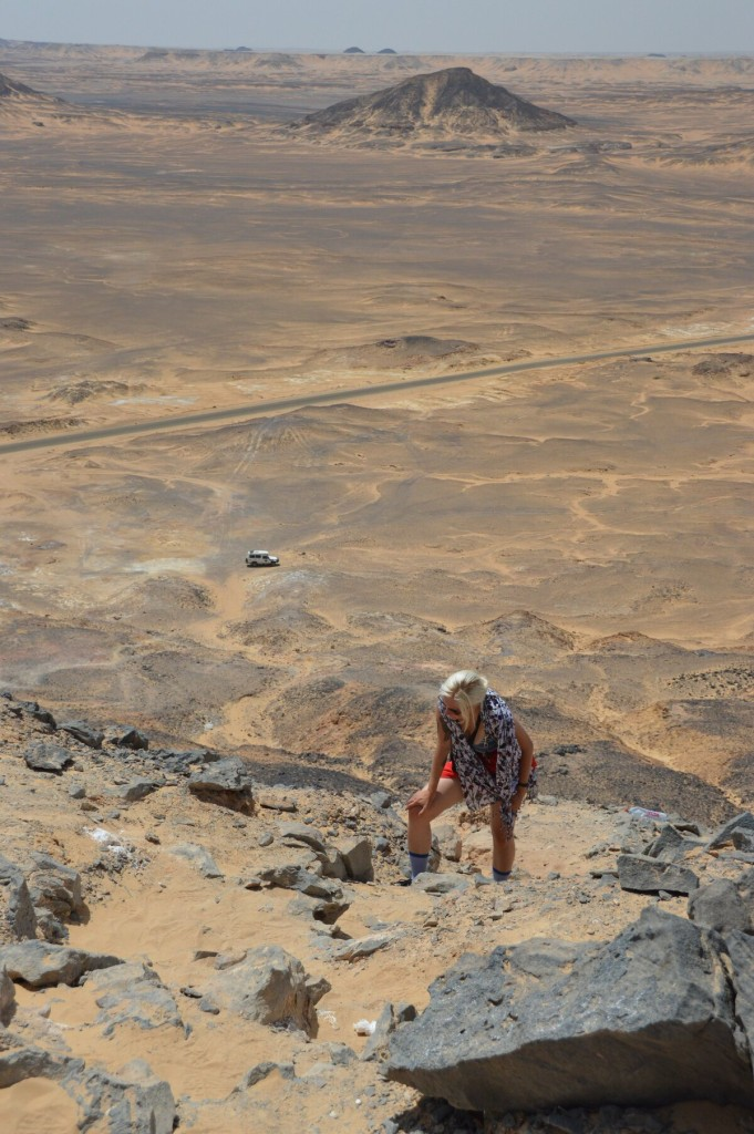 Climbing up a small mountain in the Black Desert was excruciatingly hot and difficult