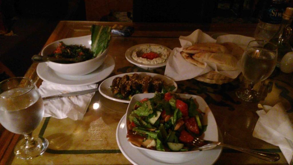 Lebanese restaurant in Cairo Taboula, vegan meal