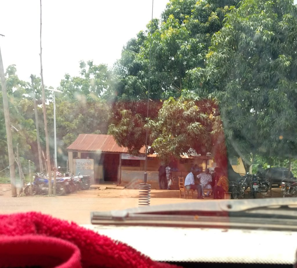 Togo Border Guards Collecting Personal Fees